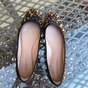 Banana republic leopard print shoes